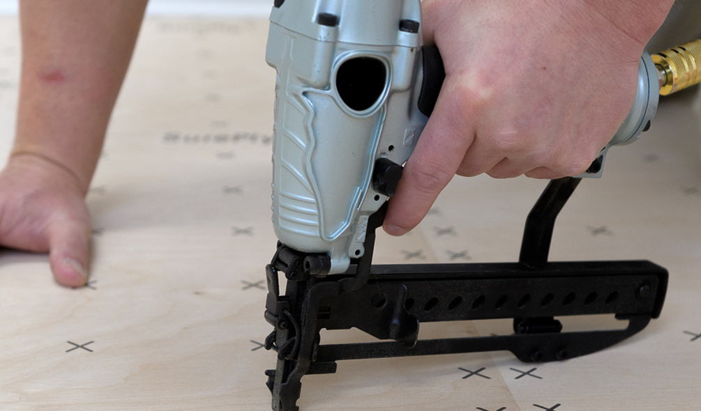 <p><em>SurePly</em>® Plywood Underlayment Installation</p>
